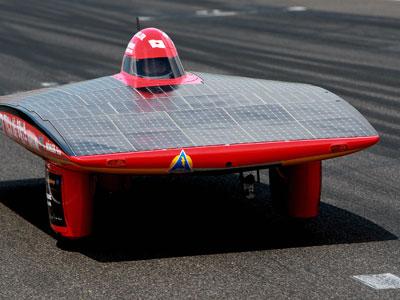 Dimensi mobil pada kejuaraan tersebut tidaklah seperti mobil pada