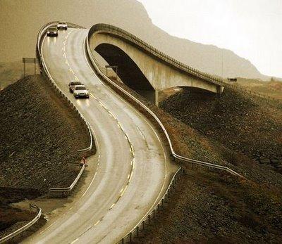 jembatan yang aneh_jaller.wordpress.com_ (5)