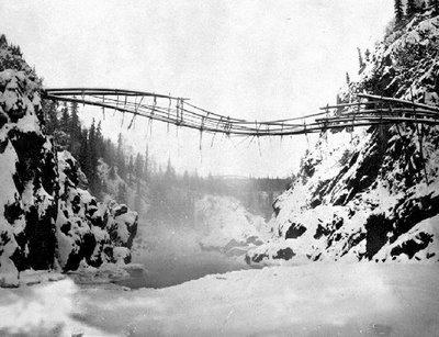 jembatan yang aneh_jaller.wordpress.com_ (6)