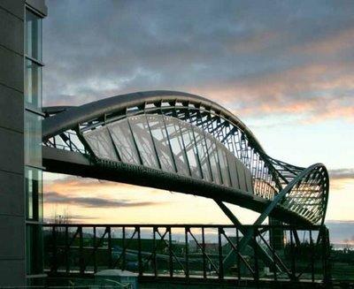 jembatan yang aneh_jaller.wordpress.com_ (7)